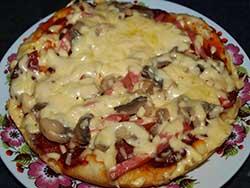 Пицца «Ассорти» в мультиварке
