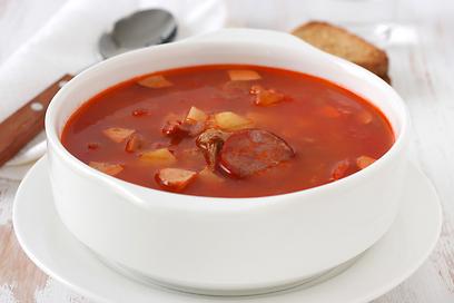 Суп с колбасой простой и вкусный рецепт