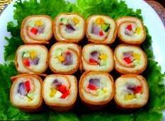 http://recepty-kulinariya.ru/images/stories/new-year/rolli_po-russki.jpg.jpg