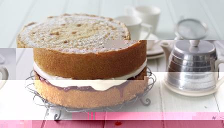 Как приготовить бисквит Виктория со сливками и джемом