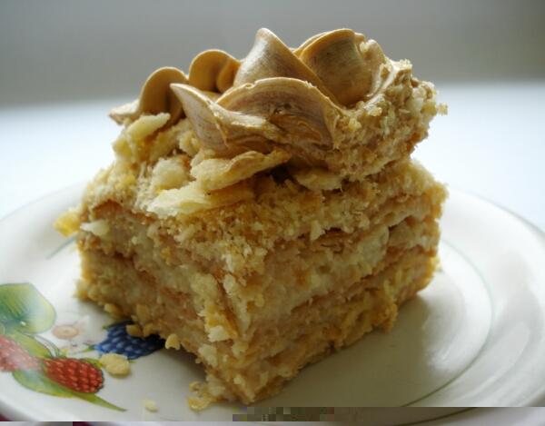 Быстрый торт наполеон из слоеного теста с заварным кремом рецепт